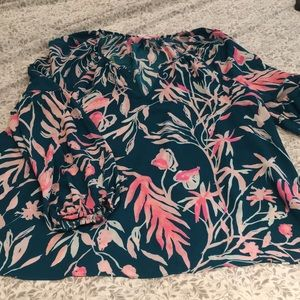 NWT Lilly Pulitzer Bell sleeve top
